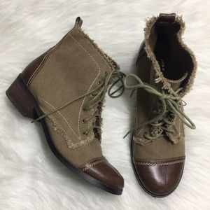 Sbicca Vintage Collection Army Green Combat Boot